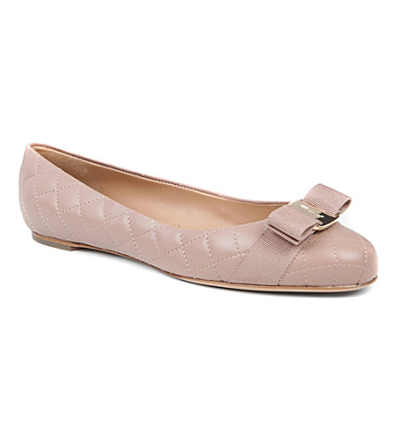 FERRAGAMO Varina quilted-leather pumps (Nude