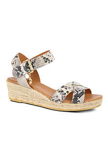 KURT GEIGER Libby wedges