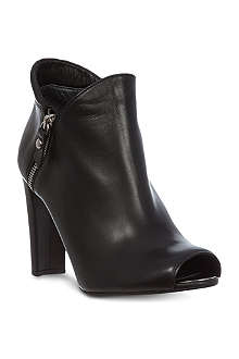 STUART WEITZMAN Jump leather shoe boots