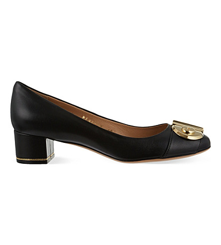 SALVATORE FERRAGAMO Fiamma 40 leather courts (Black