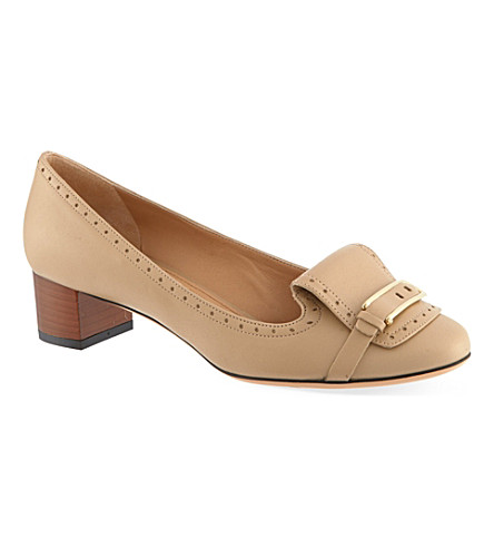 FERRAGAMO Ninu court shoes (Beige