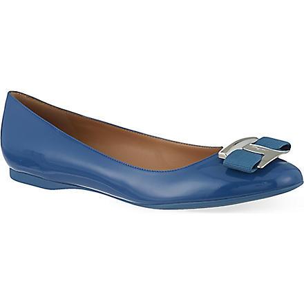 FERRAGAMO Ninna patent leather pumps (Blue