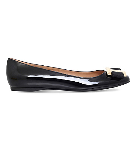 SALVATORE FERRAGAMO Ninna F40 patent-leather heeled pumps (Black