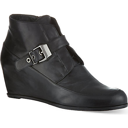 STUART WEITZMAN Black wedged boots (Black