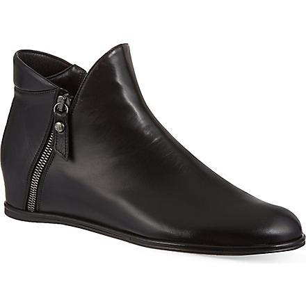 STUART WEITZMAN Lowkey ankle boots (Black