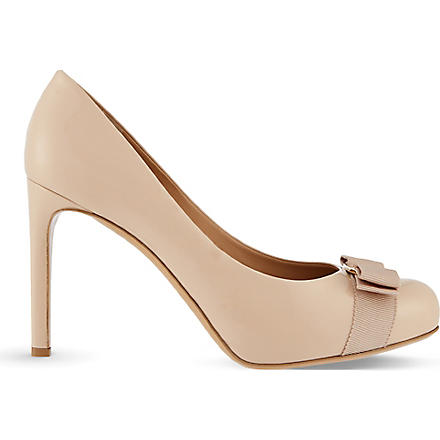 FERRAGAMO Pimpa court shoes (Nude