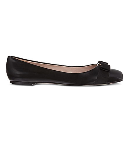 SALVATORE FERRAGAMO Varina leather ballet flats (Black