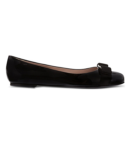 SALVATORE FERRAGAMO Varina patent-leather ballet flats (Black