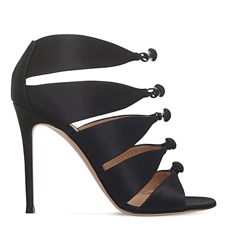 GIANVITO ROSSI Harlow 105 satin heeled courts
