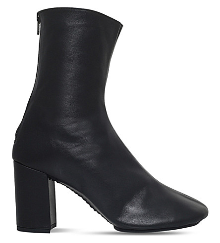 JUNYA WATANABE COM DES GARCONS Zipped leather ankle boots