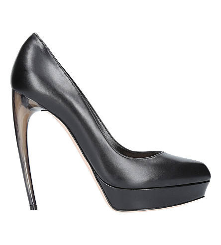 ALEXANDER MCQUEEN Horn leather courts (Black