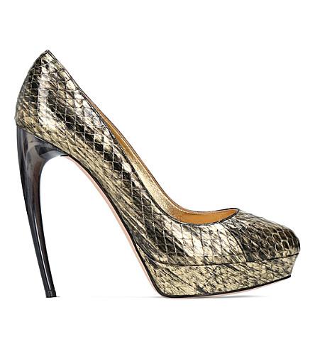 ALEXANDER MCQUEEN Horn heel metallic snakeskin heeled pumps (Gold
