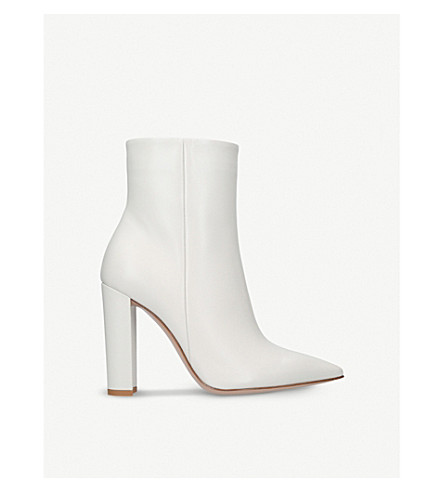 GIANVITO ROSSI Piper pointed-toe leather anle boots (Bone