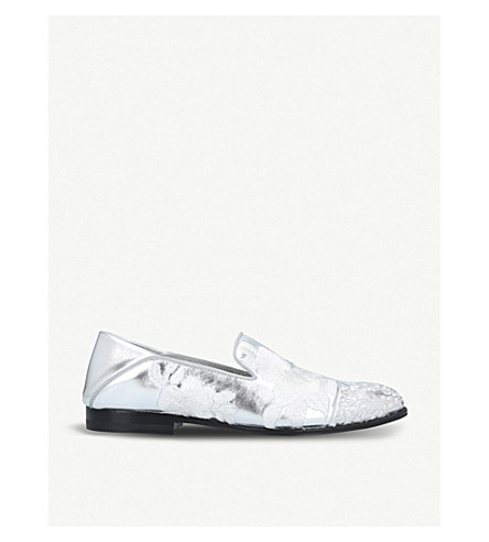 ALEXANDER MCQUEEN Floral-embroidered leather loafers (Silver+com