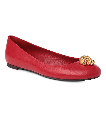 ALEXANDER MCQUEEN Rattle leather pumps (Red