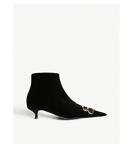 BALENCIAGABB 点缀天鹅绒踝靴 (黑色