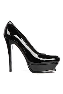 SAINT LAURENT Tribute patent courts