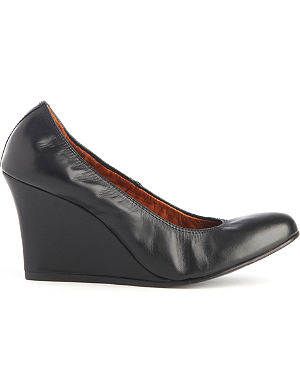 LANVIN Orpheus leather wedge courts