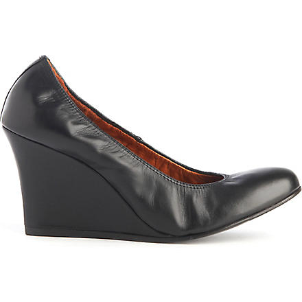 LANVIN Orpheus leather wedge courts (Black