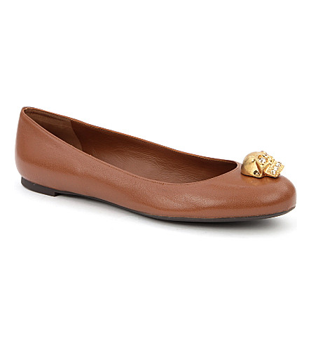 ALEXANDER MCQUEEN Roll leather ballet pumps (Tan
