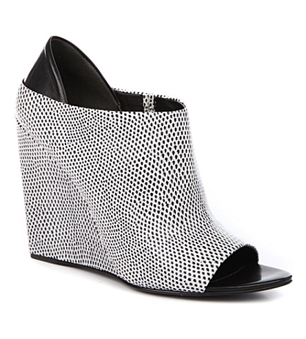 ALEXANDER WANG Alla wedge shoe boots (White/blk