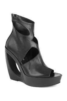 ANN DEMEULEMEESTER Grumpy leather wedge boots