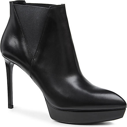 SAINT LAURENT Janis 105 leather ankle boots (Black