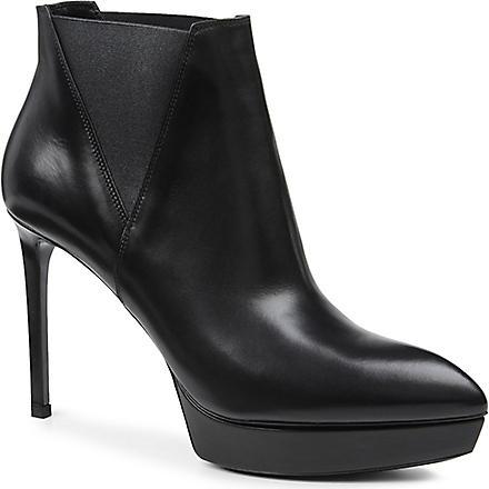 SAINT LAURENT Classic Janis boots in black leather (Black