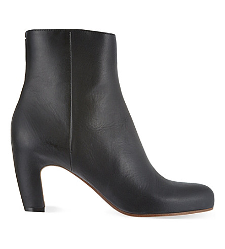 MAISON MARTIN MARGIELA Curved heel ankle boots (Black