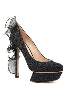 NICHOLAS KIRKWOOD Ruffle back embellished court shoes