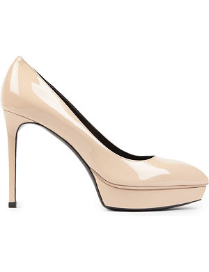 SAINT LAURENT Classic Janis escarpin pumps in nude patent leather
