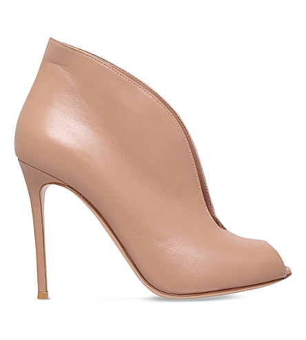 GIANVITO ROSSI Vamp 105 leather ankle boots (Nude