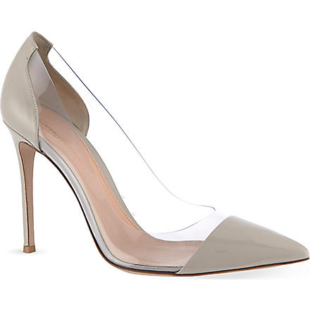 GIANVITO ROSSI Calabria court shoes (Beige