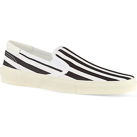 SAINT LAURENT Striped skate shoes (Blk/white