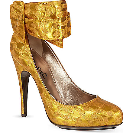 LANVIN Runway pumps (Yellow