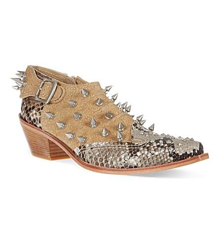 COMME DES GARCONS Kiro studded cuban heeled boots (Beige