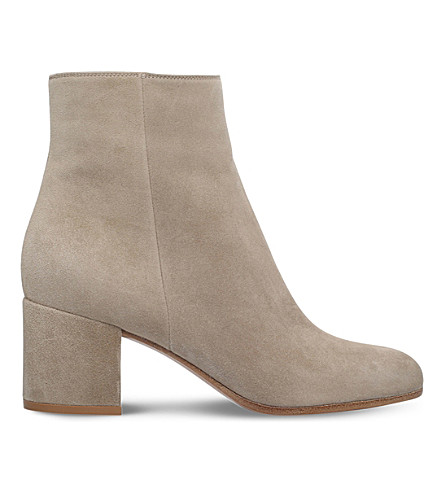 GIANVITO ROSSI Margaux suede ankle boots (Taupe