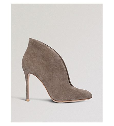 GIANVITO ROSSI Vamp 105 suede heeled ankle boots (Brown