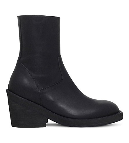 ANN DEMEULEMEESTER Cuban heel leather ankle boots (Black