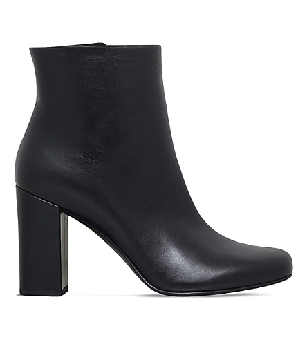 SAINT LAURENT Babies 90 leather heeled ankle boots (Black