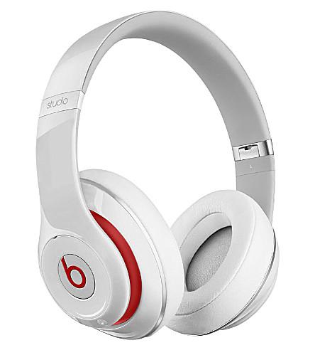 BEATS BY DRE Studio wireless over-ear headphones