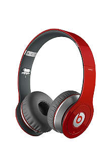 BEATS BY DRE Wireless over-ear headphones