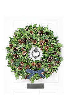 PHILIPPA CRADDOCK Ivy & Fir Cone wreath 20