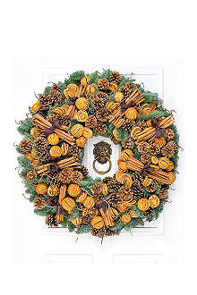 PHILIPPA CRADDOCK Mulled wreath 20