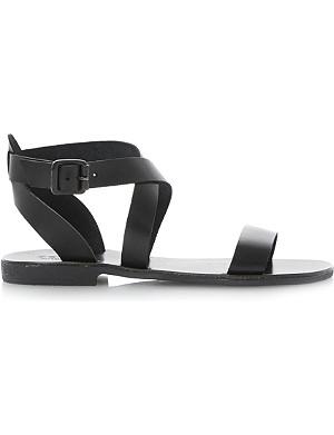 BERTIE Jumpy sandals