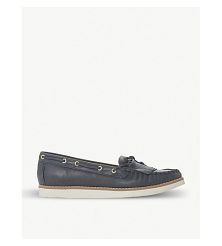 Ginney leather boat shoes