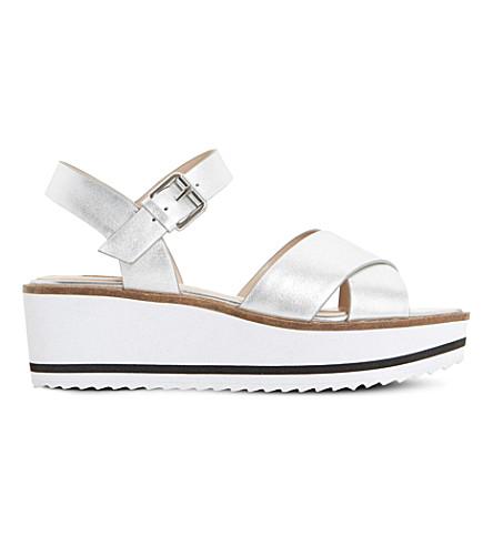 DUNE Kassius 金属皮革凉鞋 (银革