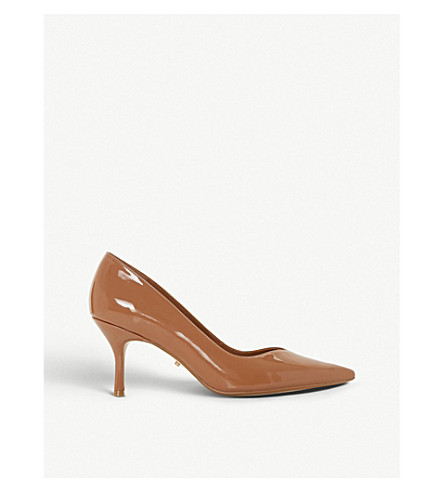 DUNE Andersonn sweetheart vamp patent courts (Almond+patent
