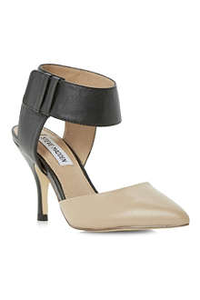 STEVE MADDEN Swift ankle strap court shoes