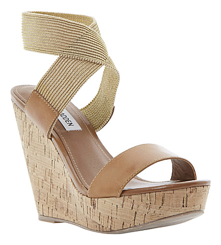 STEVE MADDEN Roperr wedge sandals (Tan-synthetic